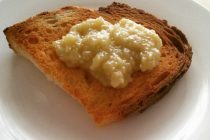 Crostini al miele
